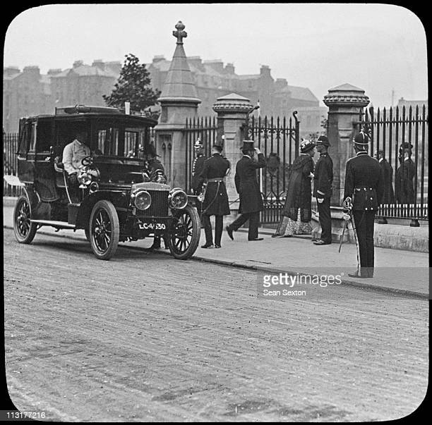 Lord and Lady Aberdeen arrive at St Patrick's Cathedral in Dublin during a visit to Ireland by King George V and Queen Mary July 1911
