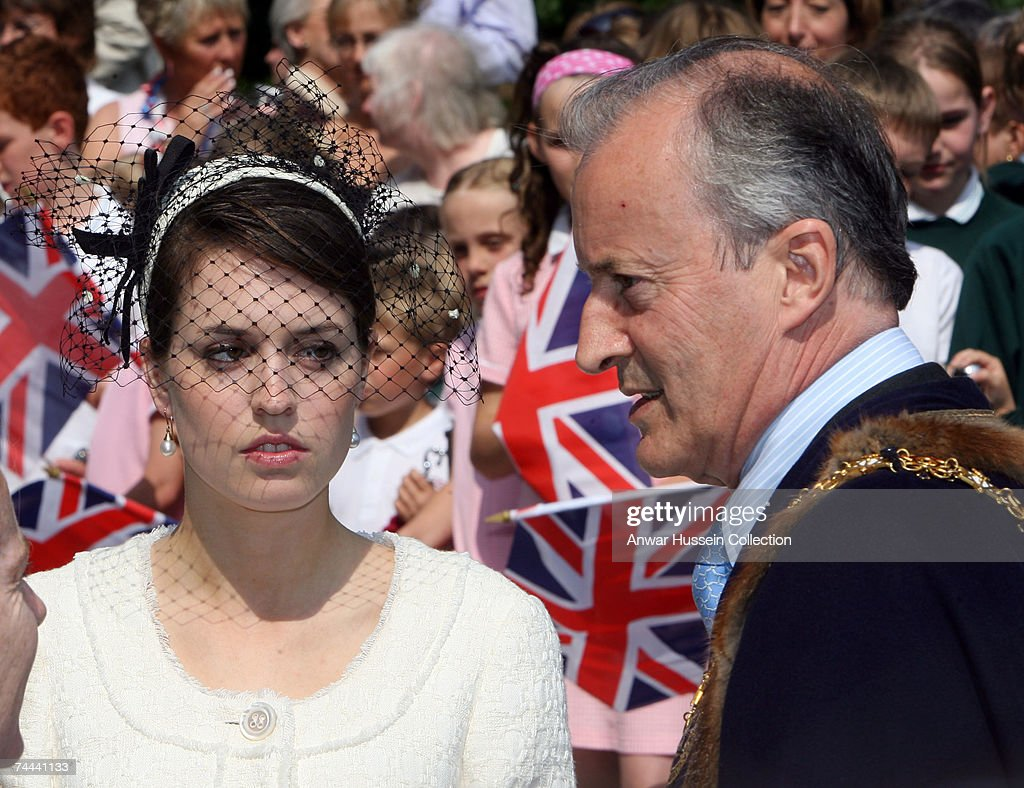 Lord Braybourne (formerly Lord Romsey) and daughter Alexandra meet Queen Elizabeth ll in the market square following a service in Romsey Abbey to commemorate the 400th anniversary of the granting of the Royal Charter on June 8, 2007 in Romsey, England.