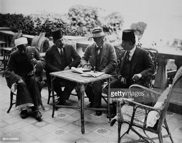 Lord Carnarvon with Egyptian officials Luxor Egypt 1922 Chatting on the terrace of the Winter Palace Hotel Left to right Abd El Aziz Yahieh Bey...