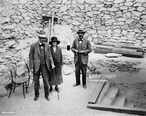 Lord Carnavon's first visit to the Valley of the Kings Egypt 1922 Lord Carnavon his daughter Lady Evelyn Herbert and archaeologist Howard Carter at...