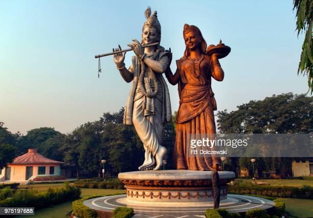 lord krishna and radha statue, shiv murti mandir complex at indira gandhi international airport, new delhi, delhi, india - radha krishna stock pictures, royalty-free photos & images