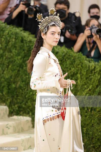 Lorde attends The 2021 Met Gala Celebrating In America: A Lexicon Of Fashion at Metropolitan Museum of Art on September 13, 2021 in New York City.