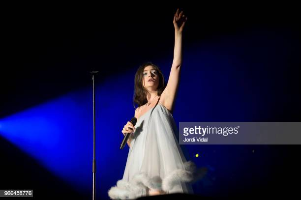 Lorde performs on stage during Primavera Sound Festival day 4 at Parc del Forum on June 2, 2018 in Barcelona, Spain.
