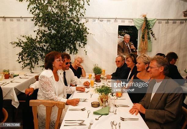 Lore Strack Dieter Wedel Robert AtzornEhefrau Angelika Hartung zum Gedenken anden 70 Geburtstag von Günter Strackversammelten sich alle seine Freunde...