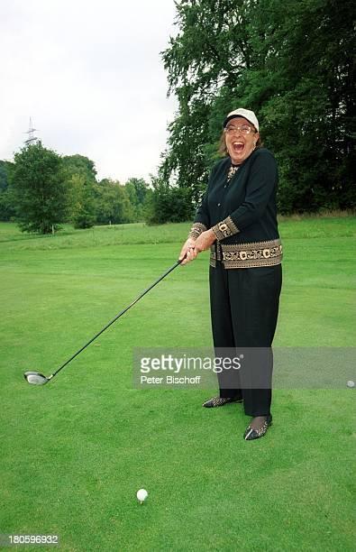 Lore Strack SAT1GedenkGolfturnier Günter Strack Golf und Landclub Gut Rieden/Starnberg/bei München Golfplatz Golfschläger Golfball Abschlag