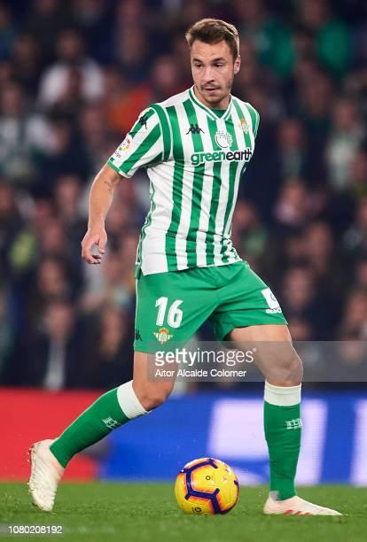 Loren Moron of Real Betis Balompie in action during the La Liga match between Real Betis Balompie and Rayo Vallecano de Madrid at Estadio Benito...