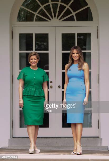 Lorena Castillo Panama's President Juan Carlos Varela's wife and first lady Melanie Trump stand outside the Oval Office after the arrival of...