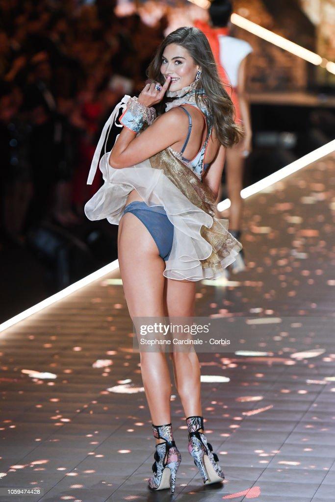 2018 Victoria's Secret Fashion Show - Runway : News Photo