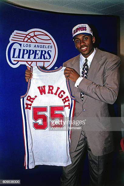 Lorenzen Wright of the Los Angeles Clippers poses in this circa 1996 photo at the Los Angeles Memorial Sports Arena in Los Angeles California NOTE TO...