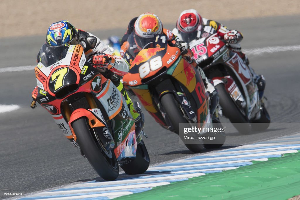 Lorenzo Balbassarri of Italy and Forward Racing Team leads the fields during the Moto2 race during the MotoGp of Spain - Race at Circuito de Jerez on May 7, 2017 in Jerez de la Frontera, Spain.