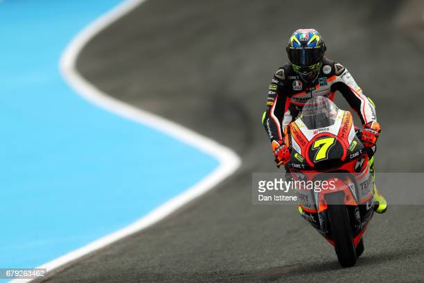 Lorenzo Baldassarri of Italy and the Forward Racing Team rides during free practice for Moto2 of Spain at Circuito de Jerez on May 5 2017 in Jerez de...