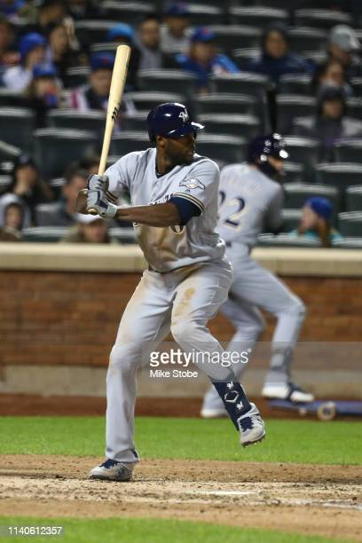 Lorenzo Cain of the Milwaukee Brewers in action against the New York Mets at Citi Field on April 27 2019 in New York City Milwaukee Brewers defeated...