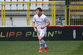 lorenzo colombo us cremonese action during