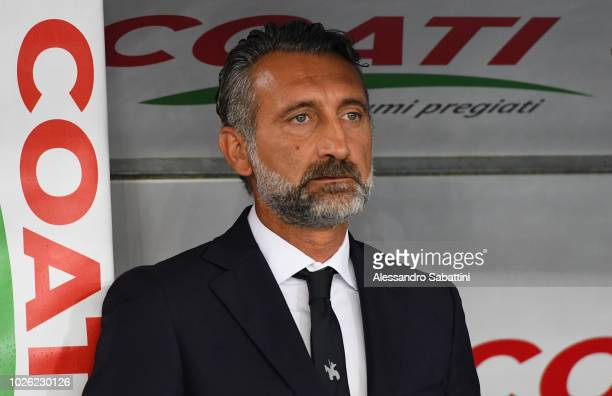Lorenzo D'Anna head coach of Chievo looks on during the serie A match between Chievo Verona and Empoli at Stadio Marc'Antonio Bentegodi on September...