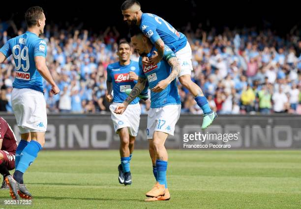 Lorenzo Insigne Arkadiusz Milik and Marek Hamsik of SSC Napoli celebrate the 21 goal scored by Marek Hamsik during the serie A match between SSC...