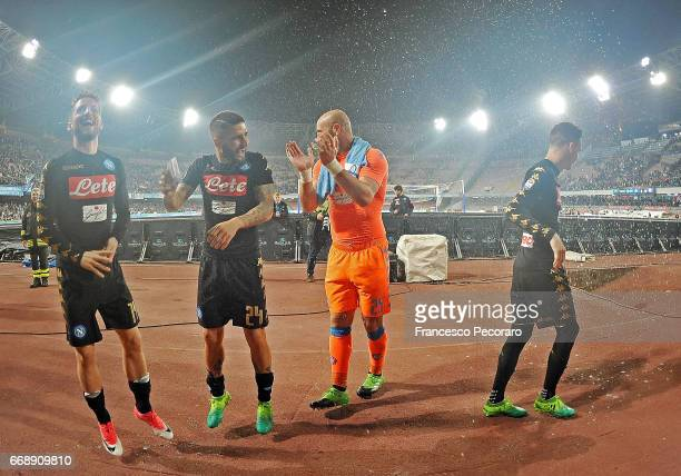 Lorenzo Insigne Dries Mertens Pepe Reina and Jose Callejon players of SSC Napoli celebrate the victory after the Serie A match between SSC Napoli and...