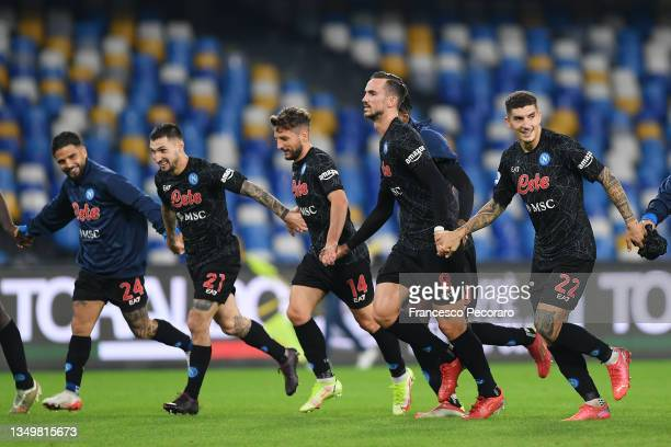 Lorenzo Insigne, Matteo Politano, Dries Mertens, Fabian and Giovanni Di Lorenzo of SSC Napoli celebrate their side's victory after the Serie A match...