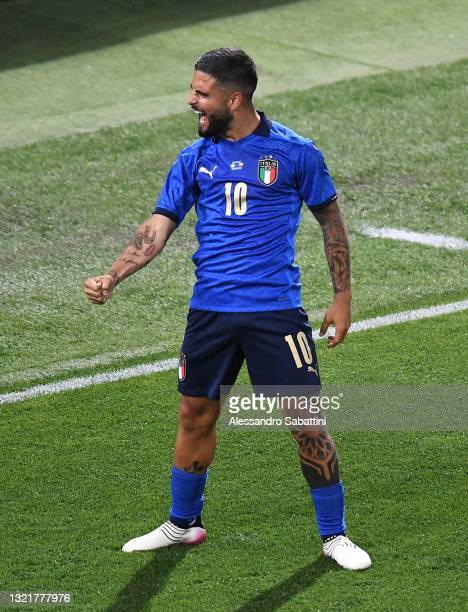 Lorenzo Insigne of Italy celebrates after scoring his team third goal during the international friendly match between Italy and Czech Republic at on...