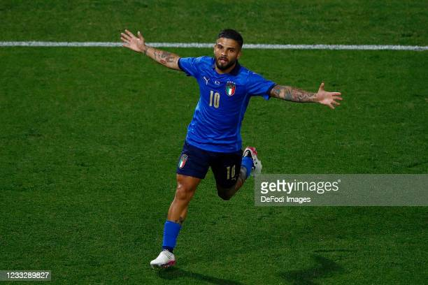 Lorenzo Insigne of Italy celebrates after scoring his team's third goal during the international friendly match between Italy and Czech Republic at...