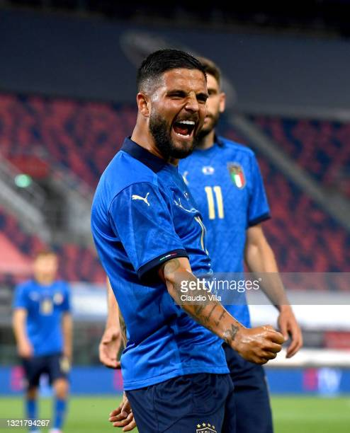 Lorenzo Insigne of Italy celebrates after scoring the third goal during the international friendly match between Italy and Czech Republic at on June...
