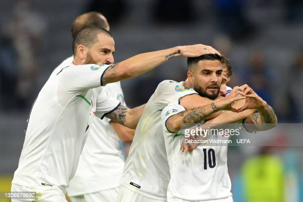 Lorenzo Insigne of Italy celebrates with team mates after scoring their side's second goal during the UEFA Euro 2020 Championship Quarter-final match...