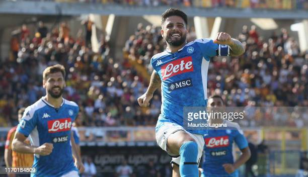 Lorenzo Insigne of Napoli celebrates after scoring his team's second goal during the Serie A match between US Lecce and SSC Napoli at Stadio Via del...