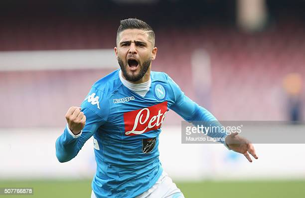 Lorenzo Insigne of Napoli celebrates after scoring his team's second goal during the Serie A match between SSC Napoli and Empoli FC at Stadio San...
