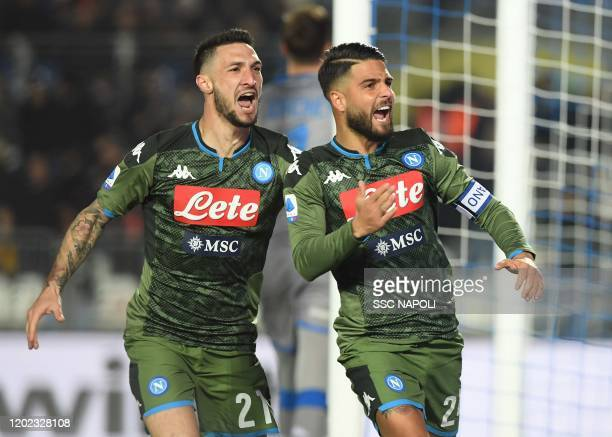 Lorenzo Insigne of Napoli celebrates after scoring the first goal of his team via penalty during the Serie A match between Brescia Calcio and SSC...