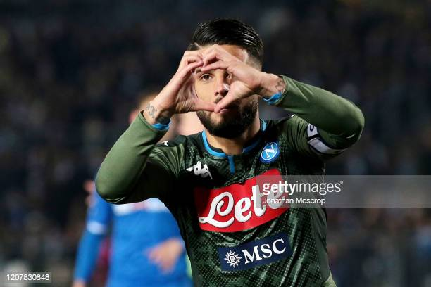 Lorenzo Insigne of Napoli celebrates after scoring the first goal of his team from the penalty spot to level the game at 11 during the Serie A match...