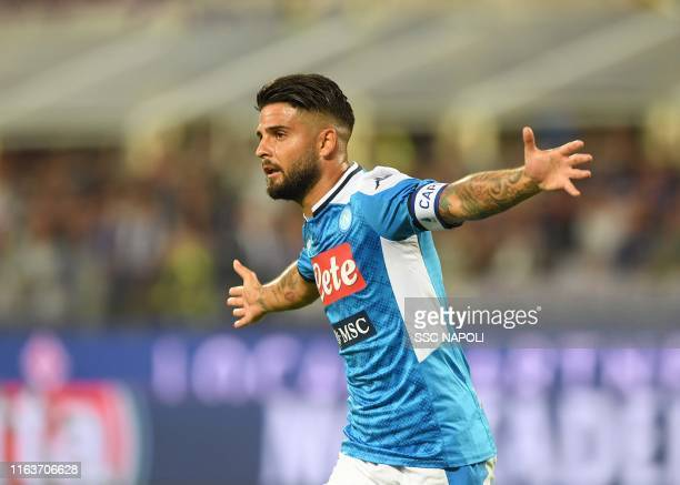 Lorenzo Insigne of Napoli celebrates after scoring the fourth goal of his team during the Serie A match between ACF Fiorentina and SSC Napoli at...