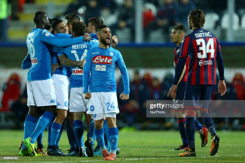 FC Crotone v SSC Napoli - Serie A : Foto di attualità