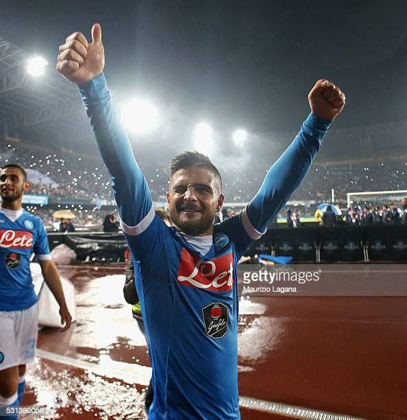 Lorenzo Insigne of Napoli celebrates after the Serie A match between SSC Napoli and Frosinone Calcio at Stadio San Paolo on May 14 2016 in Naples...