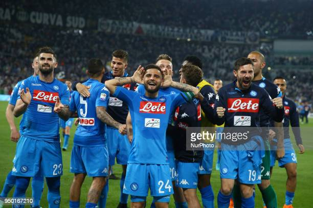 Lorenzo Insigne of Napoli celebrates with the teammates during the serie A match between Juventus and SSC Napoli on April 22 2018 in Turin Italy