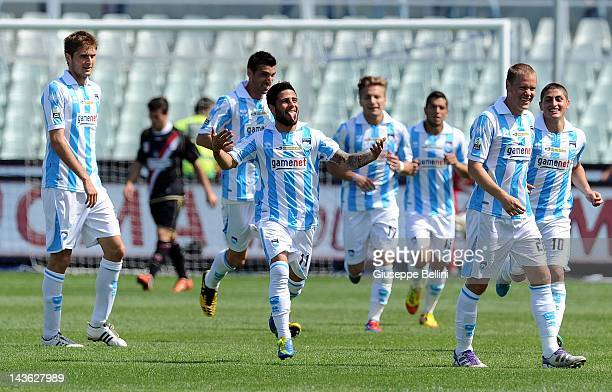 Lorenzo Insigne of Pescara celebrates after scoring the opening goal during the Serie B match between Pescara Calcio and Vicenza Calcio at Adriatico...
