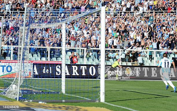 Lorenzo Insigne of Pescara scores the opening goal during the Serie B match between Pescara Calcio and Torino FC at Adriatico Stadium on May 12 2012...