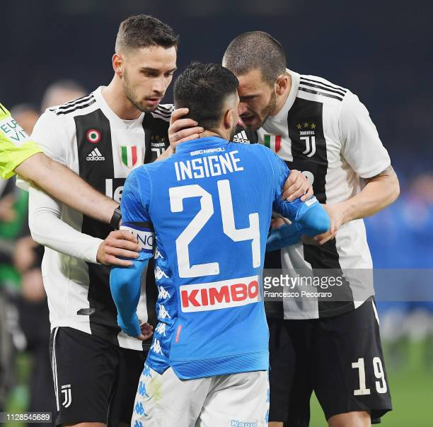 Lorenzo Insigne of SSC Napoli argues with Mattia De Sciglio and Leonardo Bonucci of Juventus during the Serie A match between SSC Napoli and Juventus...