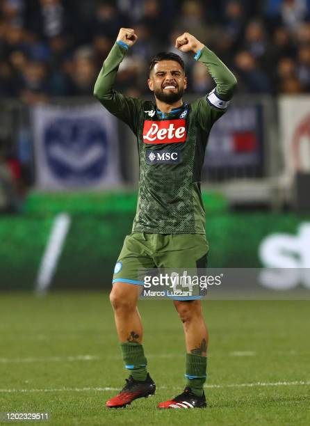 Lorenzo Insigne of SSC Napoli celebrates a victory at the end of the Serie A match between Brescia Calcio and SSC Napoli at Stadio Mario Rigamonti on...
