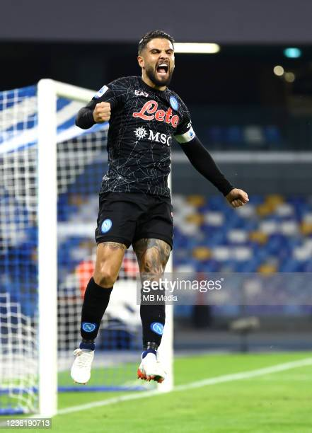 Lorenzo Insigne of SSC Napoli celebrates after scores his first penalty goal during the Serie A match between SSC Napoli and Bologna FC at Stadio...