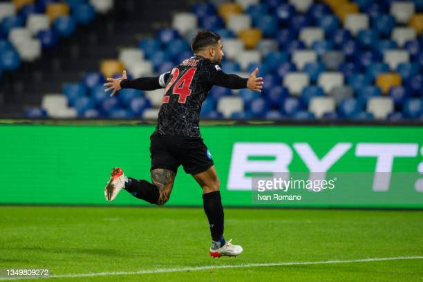 Lorenzo Insigne of SSC Napoli celebrates after scoring a goal to make it 2-0 during the Serie A match between SSC Napoli and Bologna FC at Stadio...