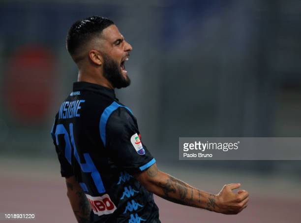 Lorenzo Insigne of SSC Napoli celebrates after scoring his team's second goal during the serie A match between SS Lazio and SSC Napoli at Stadio...