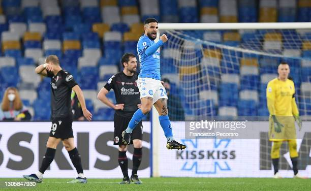 Lorenzo Insigne of SSC Napoli celebrates after scoring their side's first goal during the Serie A match between SSC Napoli and Bologna FC at Stadio...