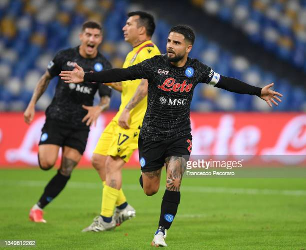 Lorenzo Insigne of SSC Napoli celebrates after scoring their side's third goal during the Serie A match between SSC Napoli and Bologna FC at Stadio...