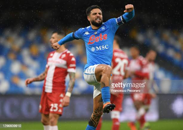 Lorenzo Insigne of S.S.C. Napoli celebrates after scoring their team's fifth goal during the Serie A match between SSC Napoli and ACF Fiorentina at...