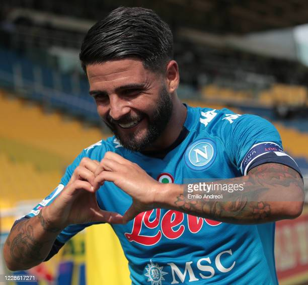 Lorenzo Insigne of SSC Napoli celebrates his goal during the Serie A match between Parma Calcio and SSC Napoli at Stadio Ennio Tardini on September...
