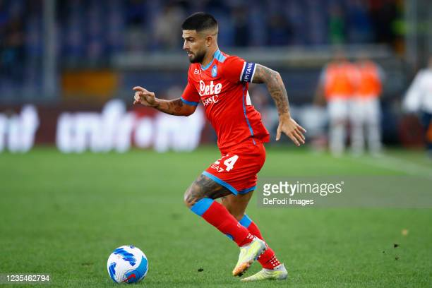 Lorenzo Insigne of SSC Napoli controls the ball during the Serie A match between UC Sampdoria and SSC Napoli at Stadio Luigi Ferraris on September...