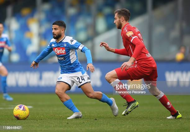 Lorenzo Insigne of SSC Napoli vies with Filippo Sgarbi of Perugia during the Coppa Italia match between SSC Napoli and Perugia on January 14 2020 in...