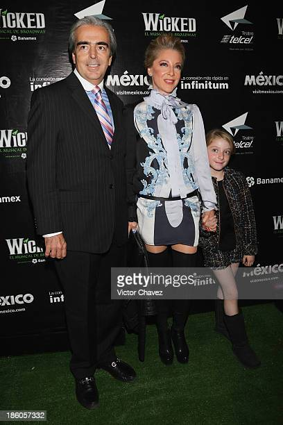Lorenzo Lazo Edith González and their daughter attend the 'Wicked' red carpet at Teatro Telmex on October 17 2013 in Mexico City Mexico