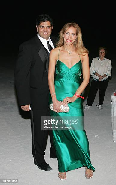Lorenzo Luaces and Lili Estefan pose at the City of Hope Spirit of Life Gala on November 18 2004 in South Beach Florida