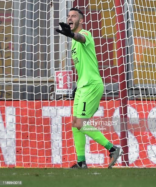 Lorenzo Montipo' of Benevento Calcio in action during the Serie B match between Benevento Calcio and Crotone FC at Stadio Ciro Vigorito on November...