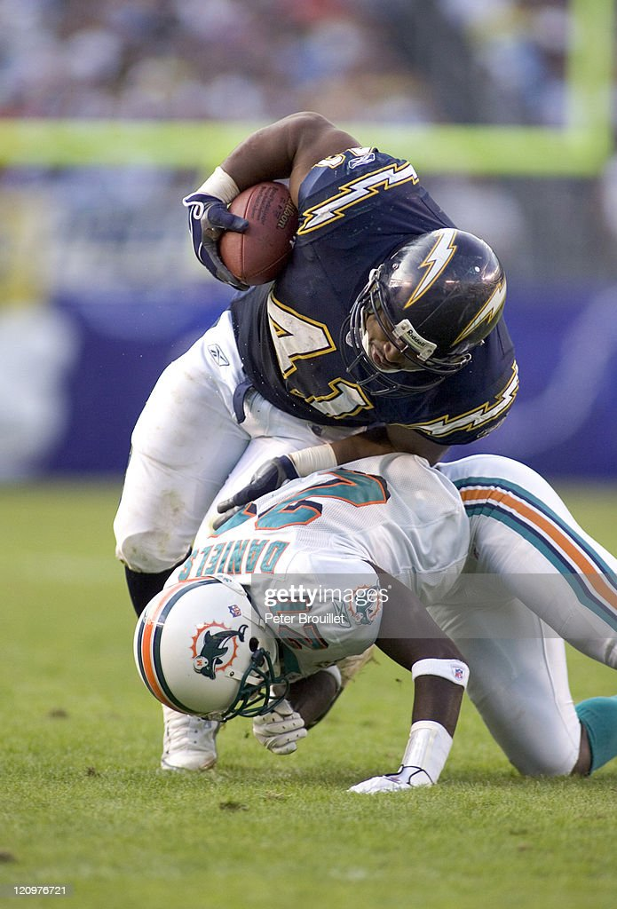 Miami Dolphins vs San Diego Chargers - December 11, 2005